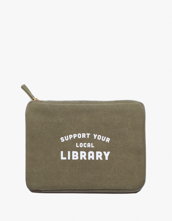 IZOLA NYC Ipad Mini Pouch - Library | HEIGHTS. | International Store