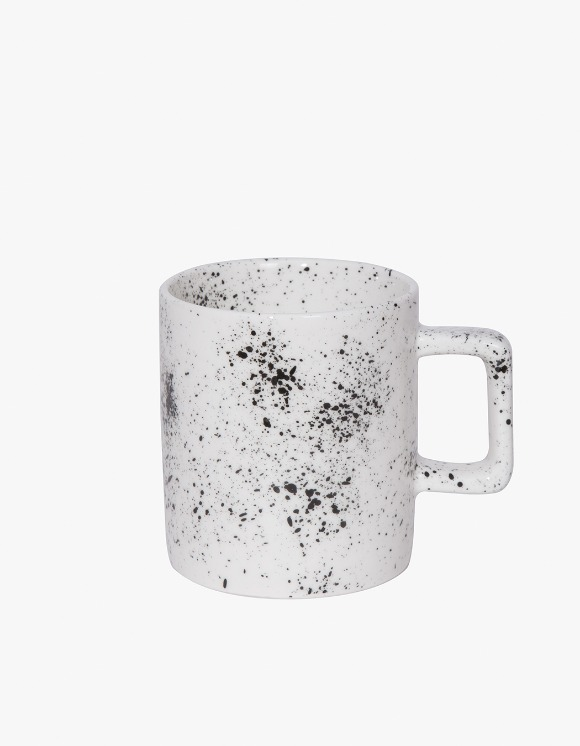 BEACH BOUND Splatter Mug - Black | HEIGHTS. | International Store