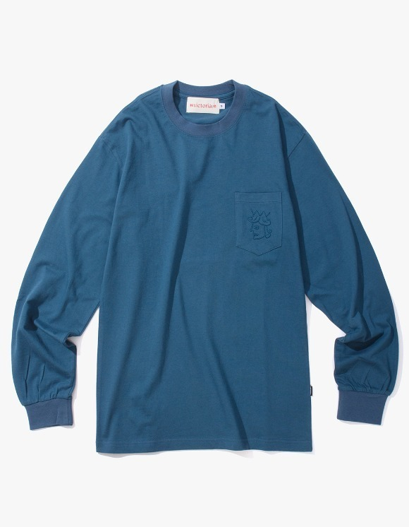 Victoria Hong Kong Queen Head Pocket L/S Tee - Midnight Blue | HEIGHTS. | International Store