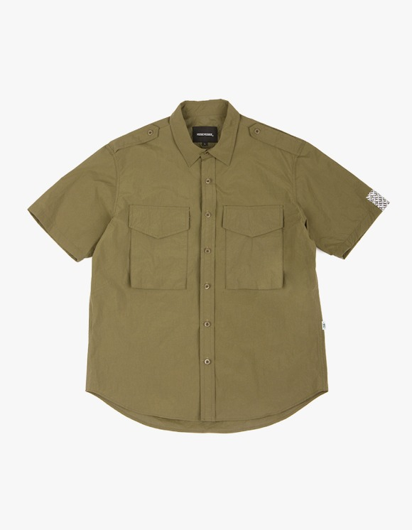 yeseyesee Safary Shirt - Olive | HEIGHTS. | International Store
