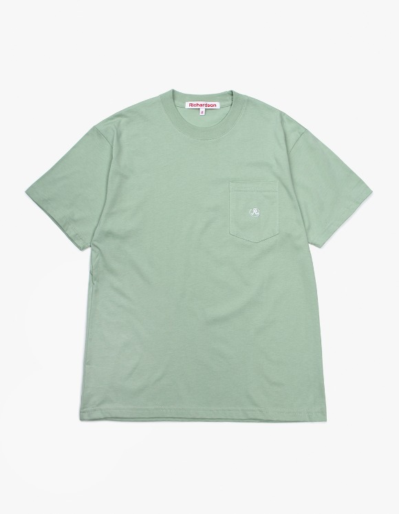 Richardson Pocket Glyph T-Shirt - Green | HEIGHTS. | International Store