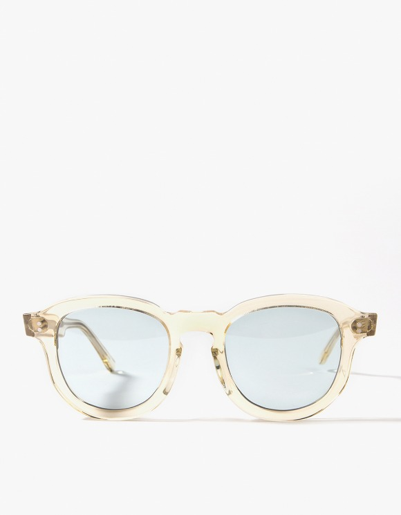 Lores Hawk Sunglasses - Clear/Light Blue | HEIGHTS. | International Store