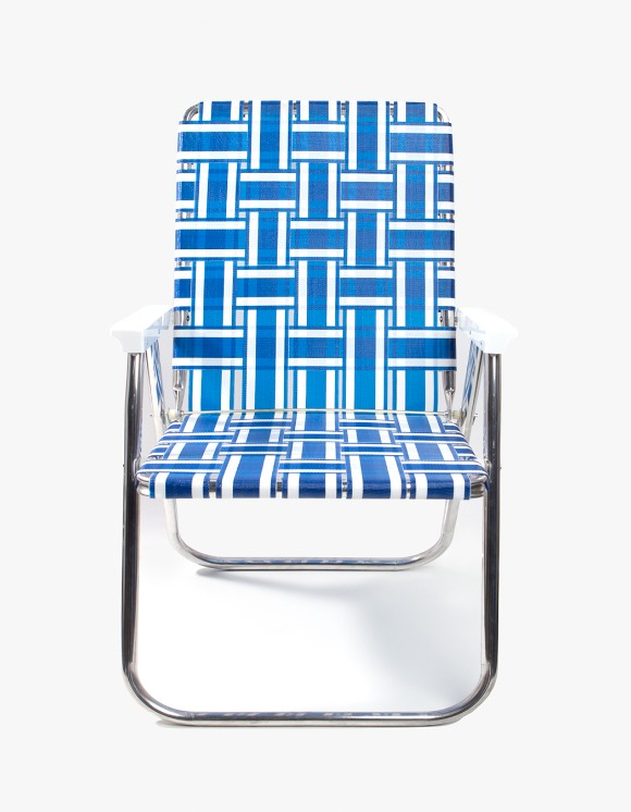 Lawn Chair Deluxe Blue and White with White Arms | HEIGHTS. | International Store