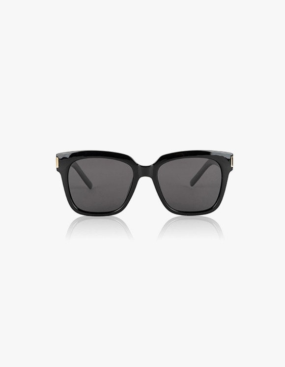 BROWNBREATH Tag Sunglass - Black | HEIGHTS. | International Store