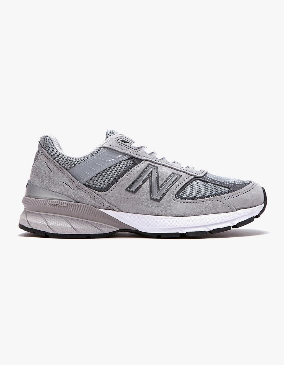 New Balance W990V5 - Grey | HEIGHTS. | International Store