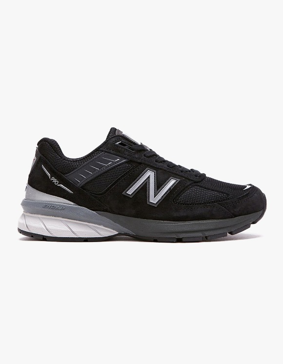 New Balance W990V5 - Black | HEIGHTS. | International Store