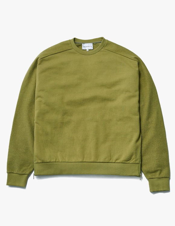 AECA WHITE Suite Double Zip Sweat - Olive | HEIGHTS. | International Store