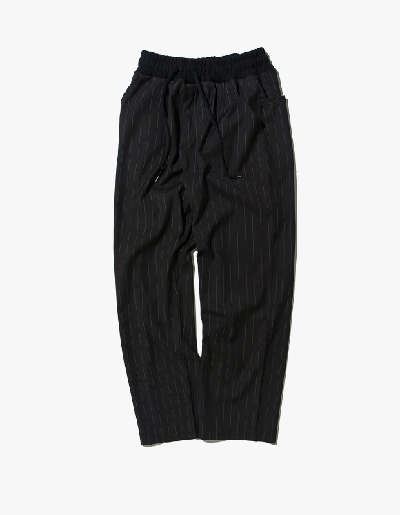 Kruchi lab Stripe Easy Banding Slacks - Black | HEIGHTS. | International Store