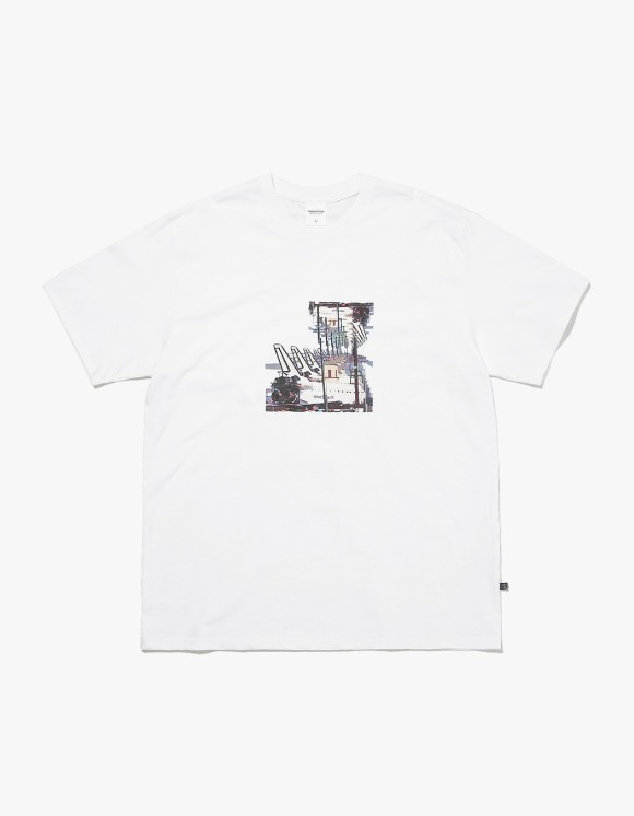 thisisneverthat Spaceship Tee - White | HEIGHTS. | International Store